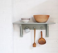 The Peg rail Shelf by deVOL is the perfect finishing touch to any shaker kitchen.