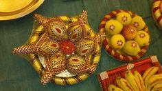 Wedding Plates, Wedding Boxes, Wedding Gifts, Engagement Decorations, Indian Wedding Decorations, Coconut Decoration, Mehndi Party, Flower Rangoli, Marriage Decoration