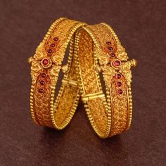 How Clean Gold Jewelry Gold Bangles Design, Gold Earrings Designs, Gold Jewellery Design, Gold Jewelry, Gold Designs, Trendy Jewelry, Gold Jhumka Earrings, Gold Necklace, Antique Jewelry
