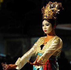 Samal-Bajau, Pangalay, Ancient Filipino dance