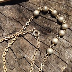 🍾20% OFF🥂 Antique Metal Pearl Chain Necklace The casual chic form of everyday pearls!! Vintage antique metal chain necklace. 16 inches. Classy! #vintage #goldtone #pearl #16inch #casualchic #office #delicate layered #dainty Vintage Jewelry Necklaces