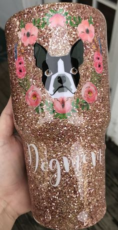 Boston terrier and dog mom, glitter tumbler! Diy Tumblers, Custom Tumblers, Glitter Tumblers, Vinyl Crafts, Diy And Crafts, Glitter Photography, Dc Photography, Glitter Cups, Glitter Balloons