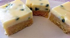 Passionfruit Slice Passionfruit Slice, Passionfruit Recipes, Sweet Recipes, Snack Recipes, Cooking Recipes, Yummy Recipes, Recipies, Healthy Recipes, Bellini Recipe