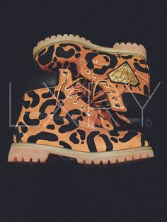 Timberland boots custom Unisex Hand painted sneakers shoes Kids See Ghosts Tshirt Kanye West Shirt Kid Cudi Shirt Kanye Tshirt Yeezus Shirt Timberland Boots Outfit, Timberland Heels, Timberland Waterproof Boots, Timberland Style, Timberland Fashion, Timberlands, Cowgirl Boots, Riding Boots, Painted Sneakers