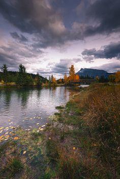 Cascade pond - Sunset on Cascade pond Canadian Rockies, Pond, Mountains, Sunset, Nature, Travel, Water Pond, Naturaleza, Viajes