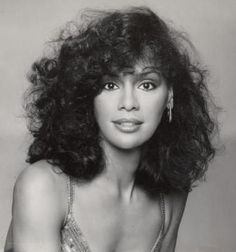 Marilyn McCoo of The Fifth Dimension.  gorgeous voice too!