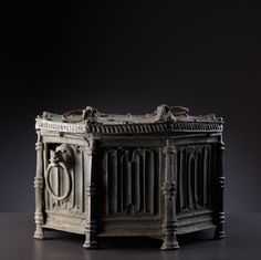Octagonal baptismal font tin/lead - the so called 'Clair étoffe' Anglo-Normandy, 2nd half XV