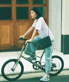 Pin on 広瀬すず Pin on 広瀬すず Street Style Vintage, Look Street Style, Grunge Goth, Hipster Grunge, Japan Fashion, Girl Fashion, Fashion Outfits, India Fashion, Estilo Cool
