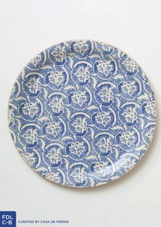 I have been staring at this casa de Perrin plate for a bit and am in love with it.  Loved the contrast of the beautiful bright oranges, coral and pinks against a French blue like the photo that summer pinned with the blue tablecloth.  Not sure what the overall color palette direction you all were going for besides the lovely corals, pinks and oranges but thought I'd throw this in.  :).