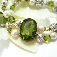 Shoply.com -Stretchy Bracelet - Green. Only C$25.00