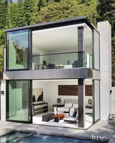 Modern LA home boasts remarkable indoor-outdoor lifestyle