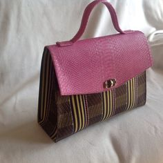 Pink handbag. Women's fashion. Great for work and travel. Ankara purse. Additional colors and prints available. Contact me to order.