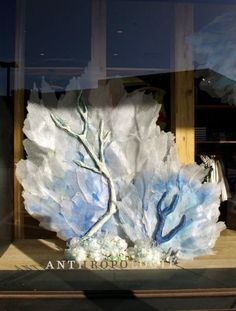 Anthropologie Earth Day Windows02