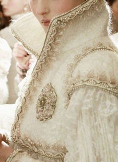 Chanel~detail