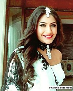 Her smile is literally the best thing in this world! Half Saree Lehenga, Surbhi Chandna, Bollywood Couples, Beaded Necklace Patterns, Fashion Vocabulary, Celebs, Celebrities, Indian Designer Wear, Best Actress