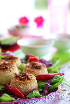 BOLINHOS TAILANDESES DE PEIXE (THAI FISH CAKES) – PEIXE NUMA FORMA NOVA E MUITO SABOROSA
