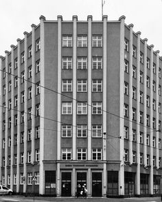::: monumental #modernist facade of national insurance institution building (seems that 80 years ago they had already loved everything monumental ;) there is a nice story of this building - during early days of communism in poland there was special equipment to jam western free radio stations on the roof of that building. during first big protests agains communism in 1956 which took place in #poznan - demonstrators succeeded to climb the roof and threw down the equipment ;)…