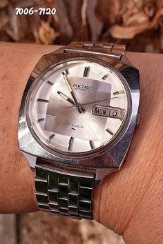 Seiko 7006-7120 Seiko Automatic, Vintage Watches, Bracelet Watch, Silver, Clocks, Accessories, Watches, Antique Watches, Vintage Clocks