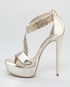 White stiletto ultra high heeled shoes with hidden platform, pointed toe and round vamp. Description from pinterest.com. I searched for this on bing.com/images