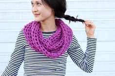 Mesh Cowl Scarf � FREE Crochet Pattern   Tutorial!