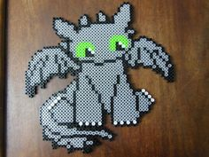 Toothless - How to train your dragon perler beads by LadyRaveicorn