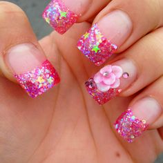 Love the glitter on these tips. Without the flower though for me :)