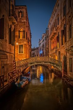 Venice, Italy  ✈✈✈ Don't miss your chance to win a Free International Roundtrip Ticket to Verona, Italy from anywhere in the world **GIVEAWAY** ✈✈✈ https://thedecisionmoment.com/free-roundtrip-tickets-to-europe-italy-verona/