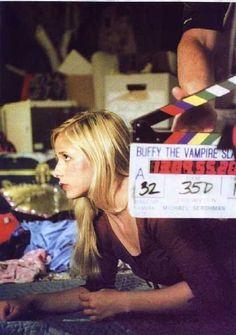 Sarah Michelle Geller on the set of Buffy the Vampire Slayer. Love her!