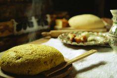 Mamaliga de cartofi|Bucovina Cazare pensiuni si hoteluri reprezentative Romanian Food, Polenta, Bread, Mai, Cooking, Traditional, Search, Google, Eggs