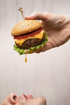 Burger  - Pinned by Mak Khalaf Food fasthealthfoodonemeatbreadmeallunchdelicioussandwichburgernutrition by DavidFedulov