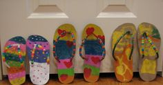 Here is one of my favorite crafts to get us ready for the summer.   I was visiting Anne's blog, Teaching Two , she did an adorable Flip Flop...