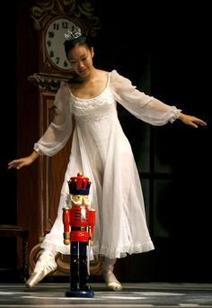 "nutcracker ballet pictures | ... of ""The Nutcracker Ballet"" in Davis. Fred Gladdis/Enterprise photo"