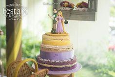 #decoração #aniversário #design #identidadevisual #festa #party #rapunzel #tangled #picnic #piquenique #indoor #decorbyrobertadias #partyplanner #festaxdecor #planejamentodeeventos #exclusivo #barradatijuca #riodejaneiro #girls #menina #festalinda #nakedcake Festa X DECOR A IDENTIDADE VISUAL do NAKED CAKE criada por mim (Roberta Dias) Para picnic, naked com as cores do evento e recheio de creme de limão com frutas vermelhas.