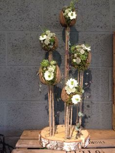 Art Floral, Floral Design, Fleur Design, Corporate Flowers, Plant Hanger, Ladder Decor, Floral Arrangements, Decoupage, Centerpieces