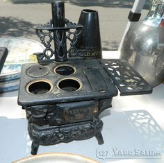 Mini cast iron stove/oven - LOCATION: Covington, KY, MainStrasse Village, Highway 127 and W 6th Street.