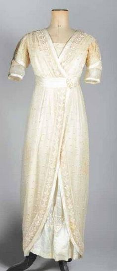 Robe de mariée entravée