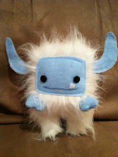 Thursday Handmade Love Week 65 Theme: Monsters Includes links to #free #crochet patterns  Snow Momo Monster via Etsy