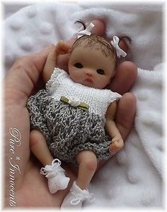 Cute Baby Dolls, Reborn Baby Dolls, Little Doll, Little Babies, Mini Bebidas, Baby Nap Mats, Baby Mold, Mini Doll House, Baby Doll Accessories