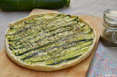 recette tarte courgette thym chèvre frais à partager lors d'un repas d'été.