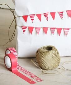 how to: miniature bunting from washi tape