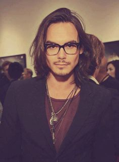 Tyler Blackburn. Looks like Johnny Depp in his younger years! ♥