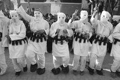 Israel descobre célula terrorista do Hamas que planejava ataques suicida com homens-bomba. A Agência de Segurança Israelense (ISA) desmantelou um grupamento terrorista de larga escala, ligado ao Hamas, em uma operação durante as últimas semanas. Esse grupo, de Abu Dis (Gaza), ao leste de Jerusalém, vinha planejando efetuar múltiplos ataques terroristas em Israel, inclusive com…