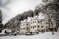 Schloss Höch im Winter #visitflachau #schlosshoech