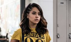 A new Power Rangers photo has been revealed online and features Rita Repulsa vs Trini, The Yellow Ranger (played by Becky G in the 2017 film). Power Rangers 2017, Naomi Scott Power Rangers, Power Rangers Reboot, Rita Repulsa, David Yost, Gay, Becky G Power Ranger, Hollywood, Power Rangers Pictures