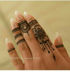 How I Successfuly Organized My Very Personal Easy Celtic Tattoo Designs For Henna Henna Tattoo Designs Simple, Finger Henna Designs, Henna Art Designs, Mehndi Designs For Beginners, Mehndi Designs For Fingers, Beautiful Henna Designs, Latest Mehndi Designs, Arte Mehndi, Mehendi