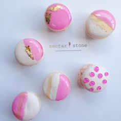 """In case you were craving electric cotton candy macarons #creativemeetscakery n & s """
