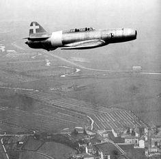 Experimental Military Aircraft | Italy's Caproni-Campini C.C.2 experimental - World War II Vehicles ...