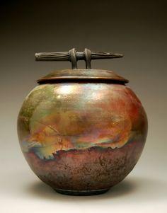 "A beautiful piece of raku pottery. By Ryan Peters (clayguyry) - ""Raku Cremation Urn - Rustic Southwestern Color Scheme - Art - Raku Pottery - Handmade"" Raku Pottery, Pottery Sculpture, Thrown Pottery, Pottery Art, Ceramic Pots, Ceramic Clay, Kintsugi, Wabi Sabi, Earthenware"
