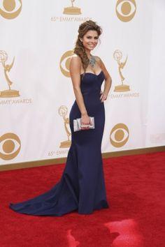 Emmy Awards 2013: Τι φόρεσαν οι stars στο κόκκινο χαλί    http://www.instyle.gr/photo-gallery/emmy-awards-2013-ti-foresan-sto-kokkino-chali/