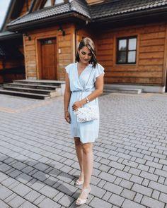 """@bloomart.handmade zamieścił(a) post na Instagramie: """"✨ Kopertówka BOHO ✨ Najczęściej wybierana przez Panny Młode 👰🏻, ale również wybieracie ją na inne…"""" White Dress, Boho, Instagram, Dresses, Fashion, Vestidos, Moda, White Dress Outfit, Fashion Styles"""